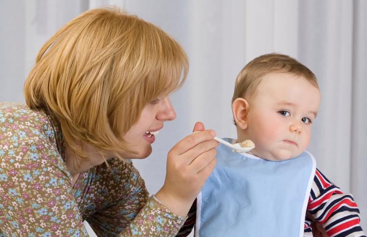 Mon enfant ne veut manger que des pâtes, de la purée, ... et refuse les légumes : Comment faire ?