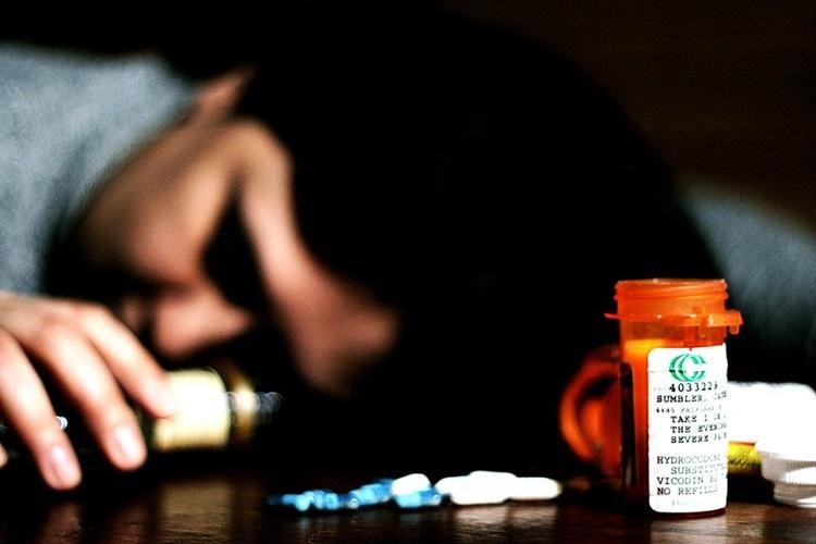 Dépendances : alcoolisme, toxicomanie, poly toxicomanie, addiction