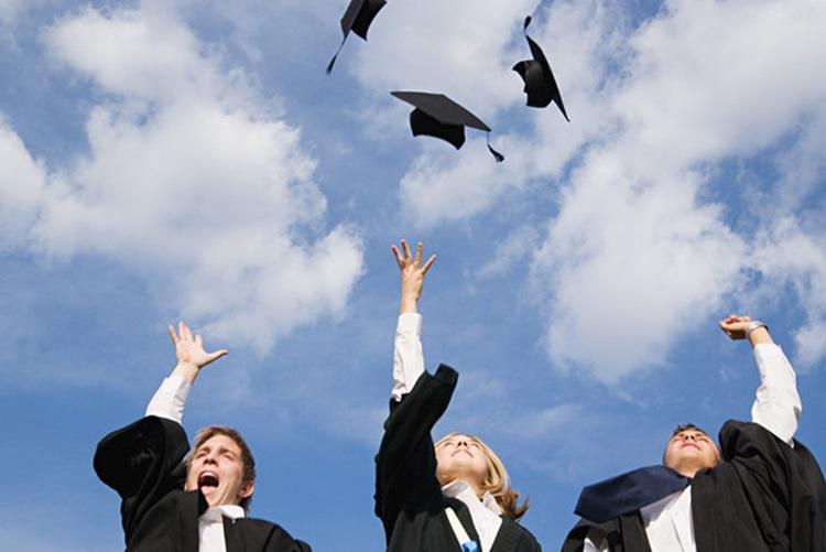 Le poids de la réussite scolaire